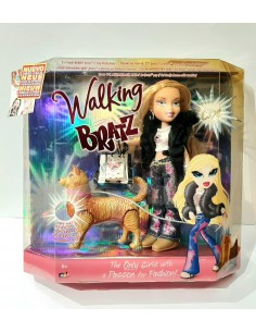 Muñeca walking BRATZ. Cloe
