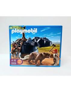 5103 Cavernícolas con oso....