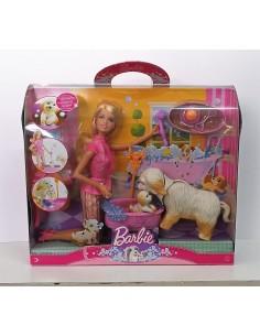 MUÑECA Barbie y Tyka: Baño de espuma - Mattel